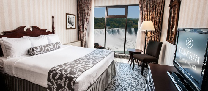 Crowne Plaza Fallsview King