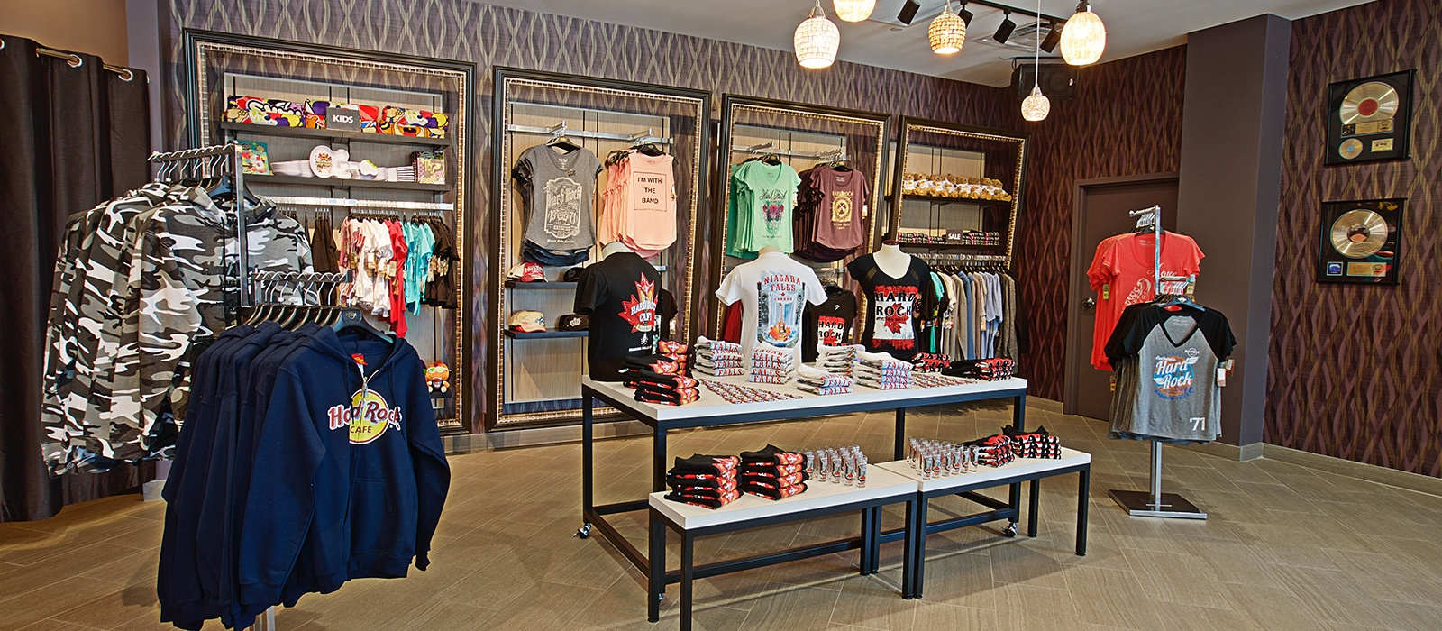 Hard Rock Shop